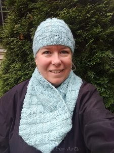 New patterns: Icy Textures Hat and Cowl